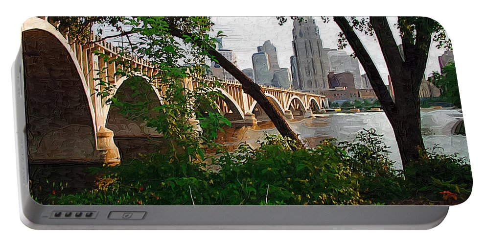 Minneapolis Portable Battery Charger featuring the photograph Third Avenue Bridge by Tom Reynen