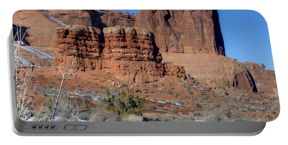 Arches Portable Battery Charger featuring the photograph Three Sisters On Guard by Paul Cannon