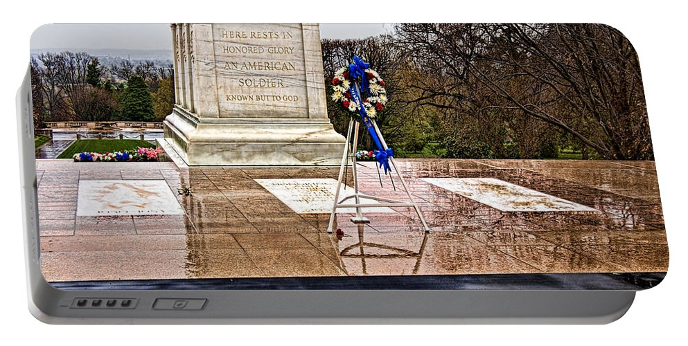Tomb Portable Battery Charger featuring the photograph Tomb Of The Unknown Soldiers by Christopher Holmes