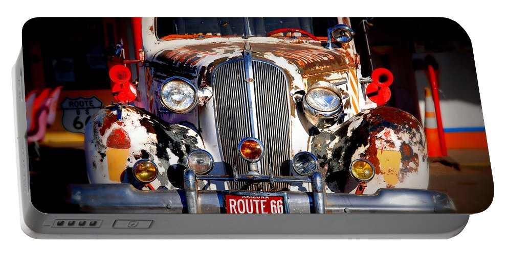 Route 66 Portable Battery Charger featuring the photograph Top Model On Route 66 by Susanne Van Hulst