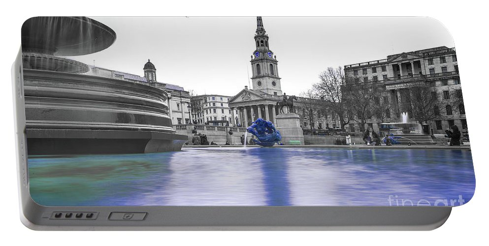 Street Artist Portable Battery Charger featuring the photograph Trafalgar Square Fountain London 3d by Alex Art and Photo
