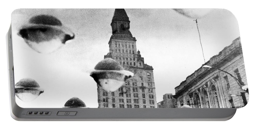 1960 Portable Battery Charger featuring the photograph Travelers Insurance Tower by Granger