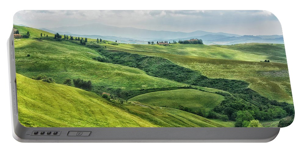 Tuscany Portable Battery Charger featuring the photograph Tusacny Hills I by Claudia Moeckel