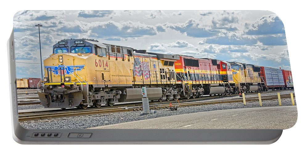 California Portable Battery Charger featuring the photograph Up6014 by Jim Thompson