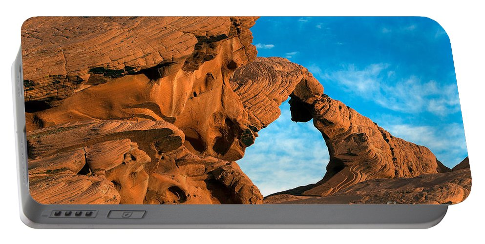 Valley Of Fire State Park Portable Battery Charger featuring the photograph Valley Of Fire State Park Arch Rock by Jason O Watson