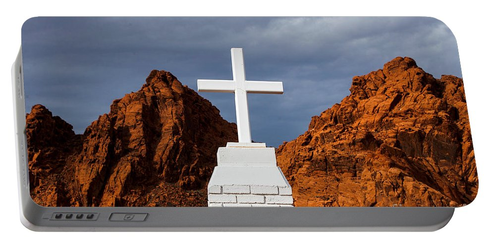 Valley Of Fire Portable Battery Charger featuring the photograph Valley Of Fire State Park Clark Memorial by Jason O Watson