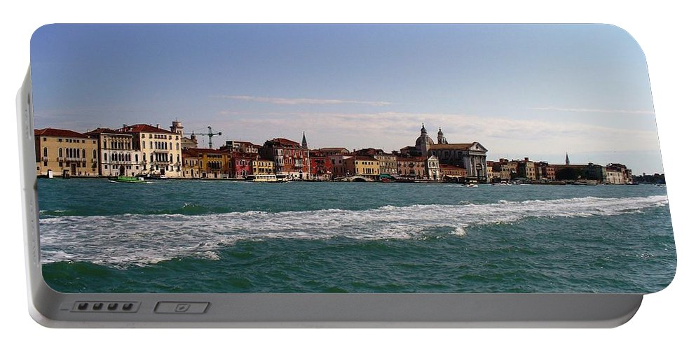 Landscape Portable Battery Charger featuring the photograph Venezia by Fernanda Cruz