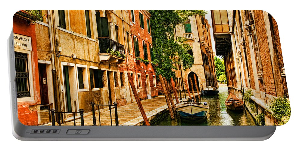 Venice Portable Battery Charger featuring the photograph Venice Alley by Mick Burkey