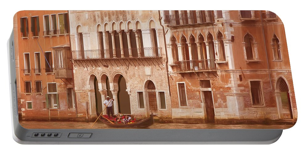Grand Canal Portable Battery Charger featuring the photograph Venice Italy by George Robinson