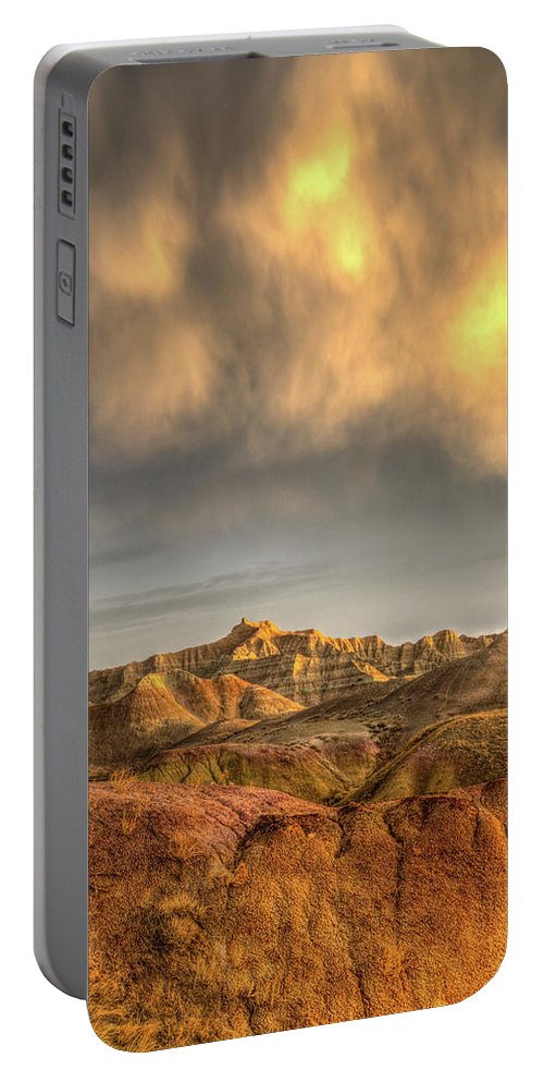 Virga Portable Battery Charger featuring the photograph Virga Over The Badlands by Fiskr Larsen