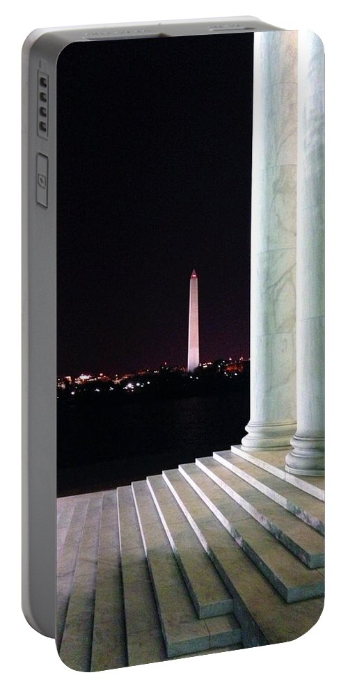 Portable Battery Charger featuring the photograph Washington Monument From Stairs Of Jefferson by Brian O'Kelly