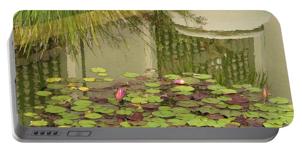 Flower Portable Battery Charger featuring the photograph Waterlilies by Sandra Bourret