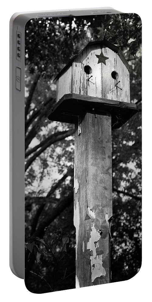 Birdhouse Portable Battery Charger featuring the photograph Weathered Bird House by Teresa Mucha