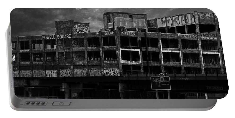 Missouri Portable Battery Charger featuring the photograph Welcome To Missouri by Anthony Jones