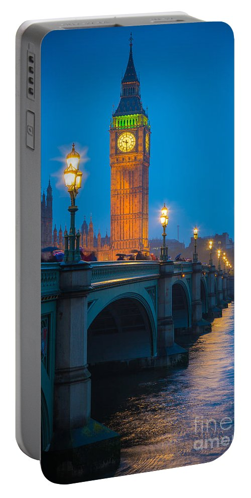 Big Ben Portable Battery Charger featuring the photograph Westminster Bridge At Night by Inge Johnsson