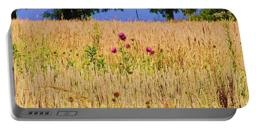 Gettysburg Portable Battery Charger featuring the photograph Wheat Field by Bill Cannon