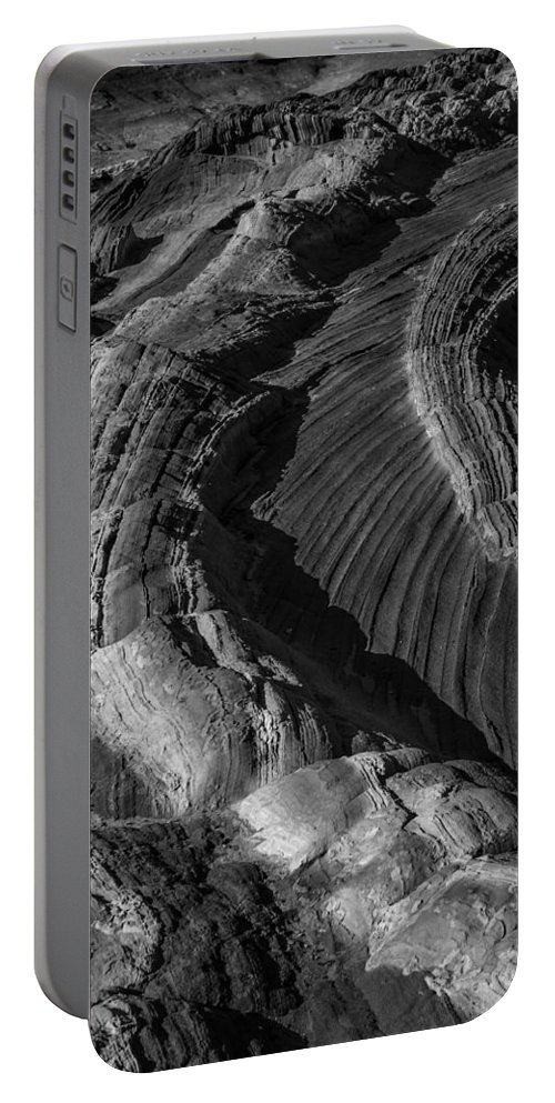 Arizona Portable Battery Charger featuring the photograph White Pockets 2426 by Bob Neiman