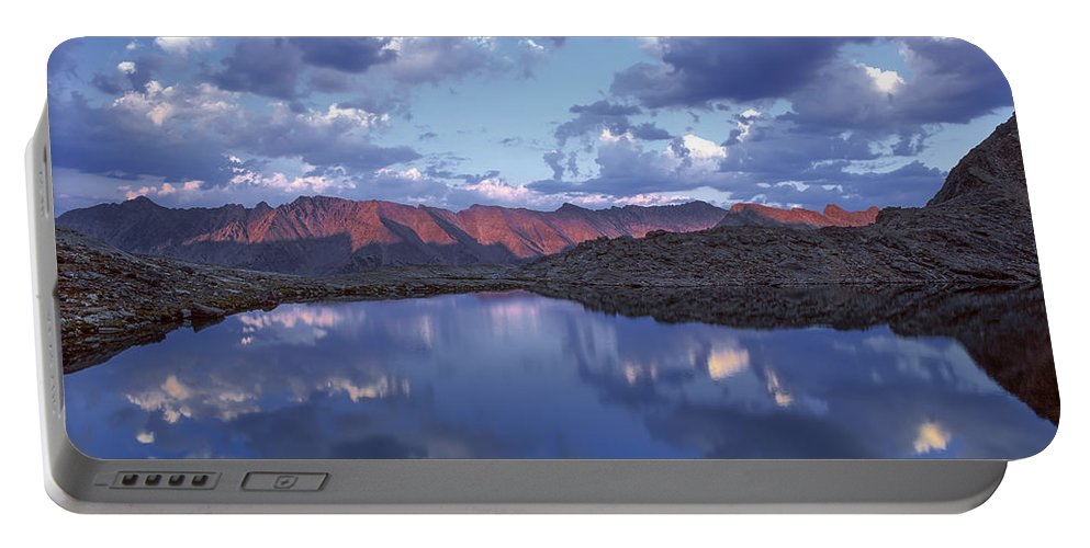Altitude Portable Battery Charger featuring the photograph Wildhorse Lake by Leland D Howard