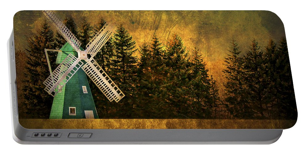 Brimfield Portable Battery Charger featuring the photograph Windmill On My Mind by Evelina Kremsdorf
