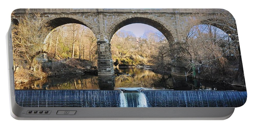 Wissahickon Portable Battery Charger featuring the photograph Wissahickon Viaduct by Bill Cannon