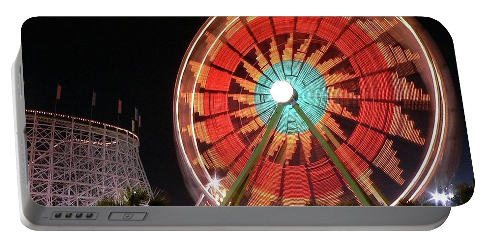 Ferris Wheel Portable Battery Charger featuring the photograph Wonder Wheel by Al Powell Photography USA
