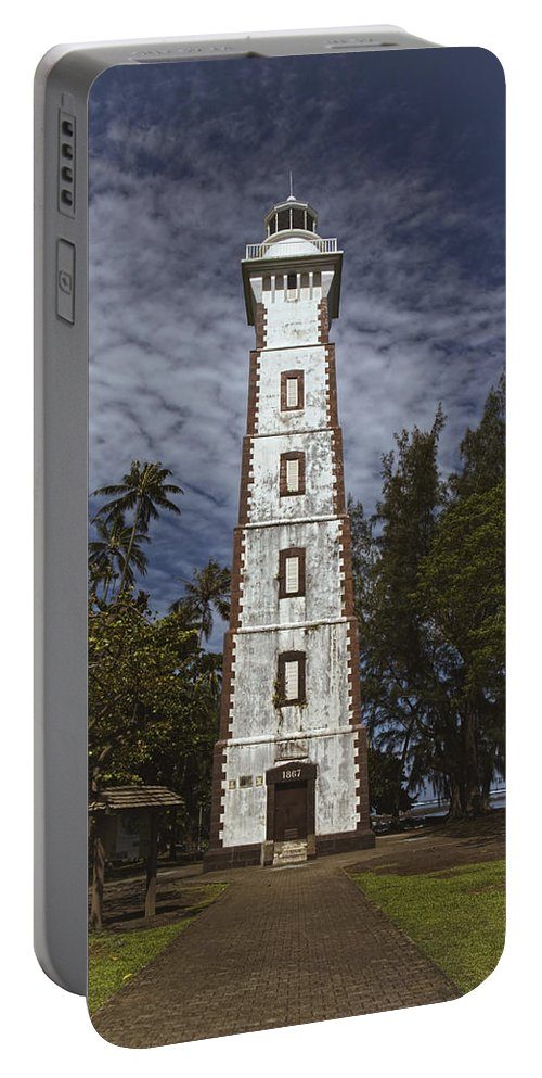 South Pacific Portable Battery Charger featuring the photograph You Light My Way by Lucinda Walter