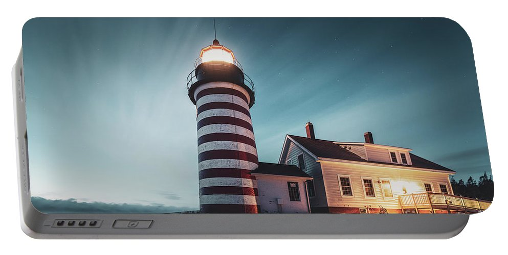 Kremsdorf Portable Battery Charger featuring the photograph Everlight by Evelina Kremsdorf