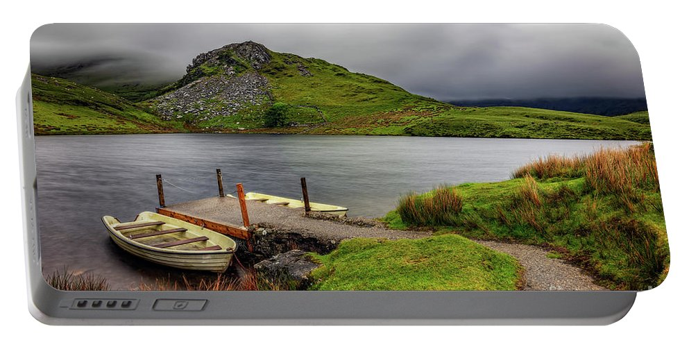 Llyn Y Dywarchen Portable Battery Charger featuring the photograph Llyn Y Dywarchen, Rhyd Ddu Snowdonia by Adrian Evans
