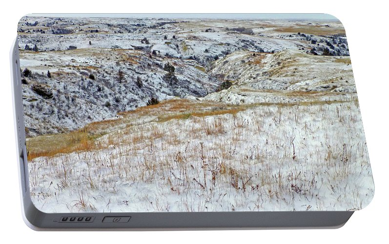North Dakota Portable Battery Charger featuring the photograph Slope County Snowfall by Cris Fulton