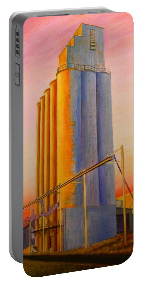 Grain Portable Battery Charger featuring the painting Endicotte Silos by Leonard Heid