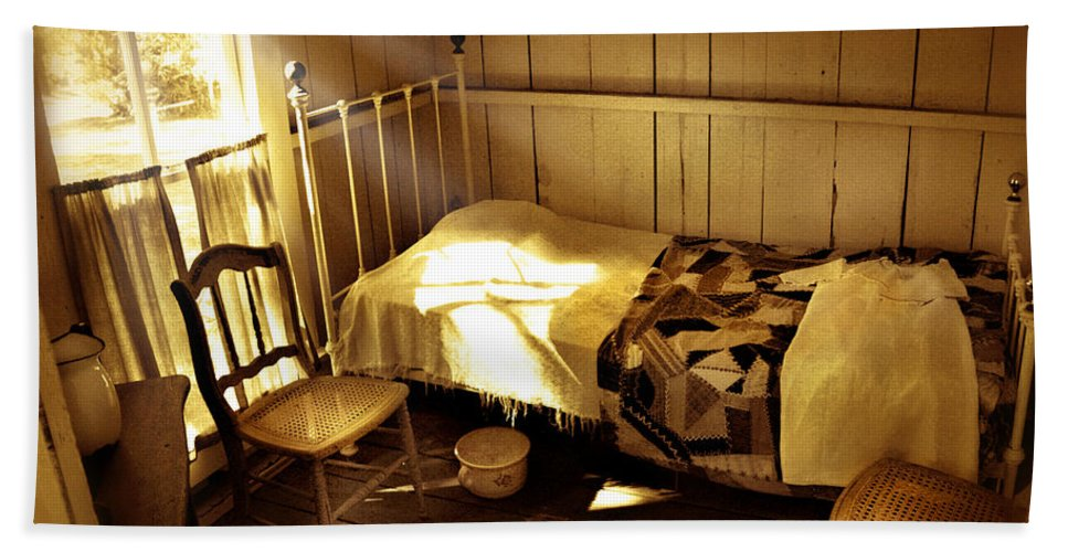 Bedroom Beach Towel featuring the photograph Dreams by Mal Bray