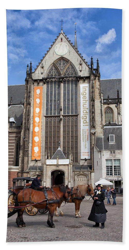 Amsterdam Beach Towel featuring the photograph Nieuwe Kerk In Amsterdam by Artur Bogacki