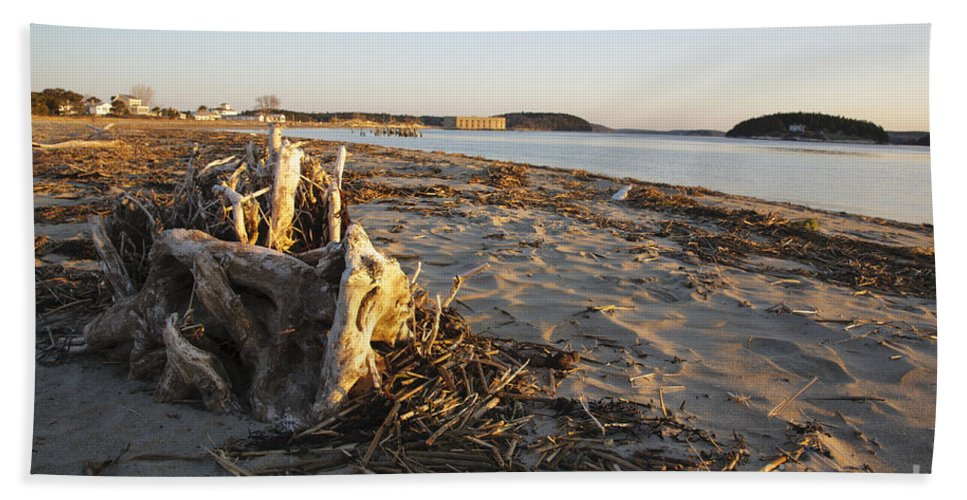Atkins Bay Beach Towel featuring the photograph Popham Beach State Park - Phippsburg Maine Usa by Erin Paul Donovan
