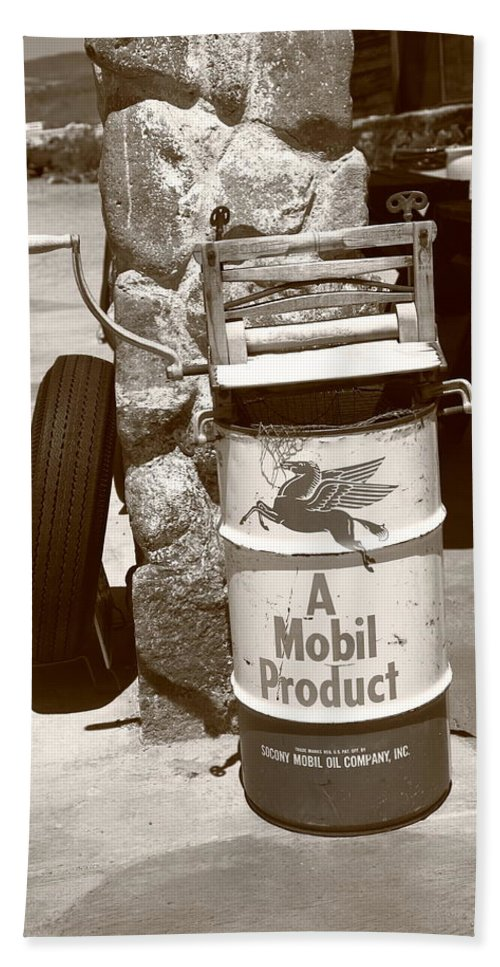 66 Beach Towel featuring the photograph Route 66 Filling Station by Frank Romeo