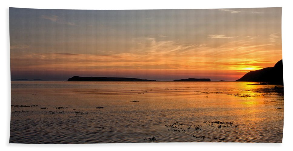 Loch Bay Beach Towel featuring the photograph Sunset At Loch Bay by David Pringle
