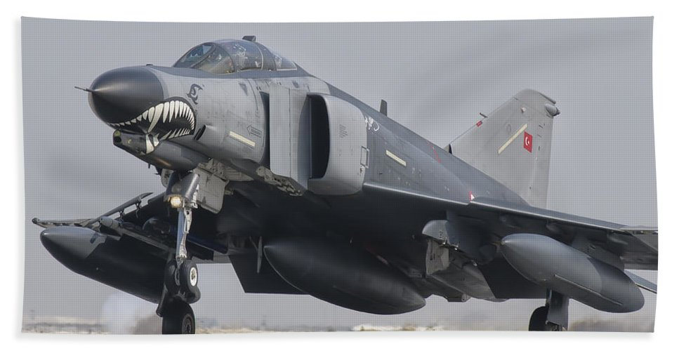 Horizontal Beach Towel featuring the photograph Turkish Air Force F-4 Phantom Landing by Giovanni Colla