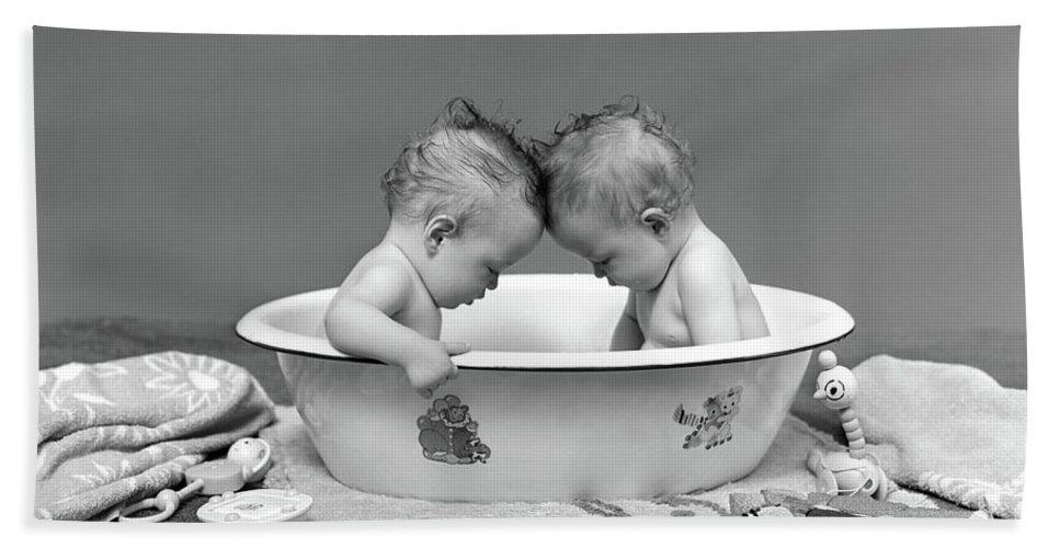 1930s Two Twin Babies In Bath Tub Beach Sheet for Sale by Vintage Images