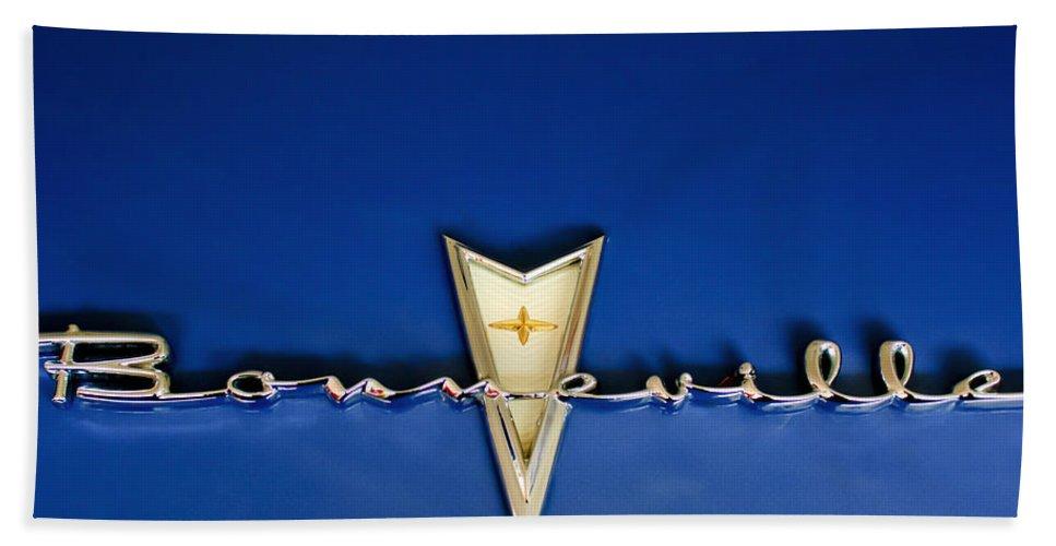 1959 Pontiac Bonneville Beach Towel featuring the photograph 1959 Pontiac Bonneville Emblem by Jill Reger