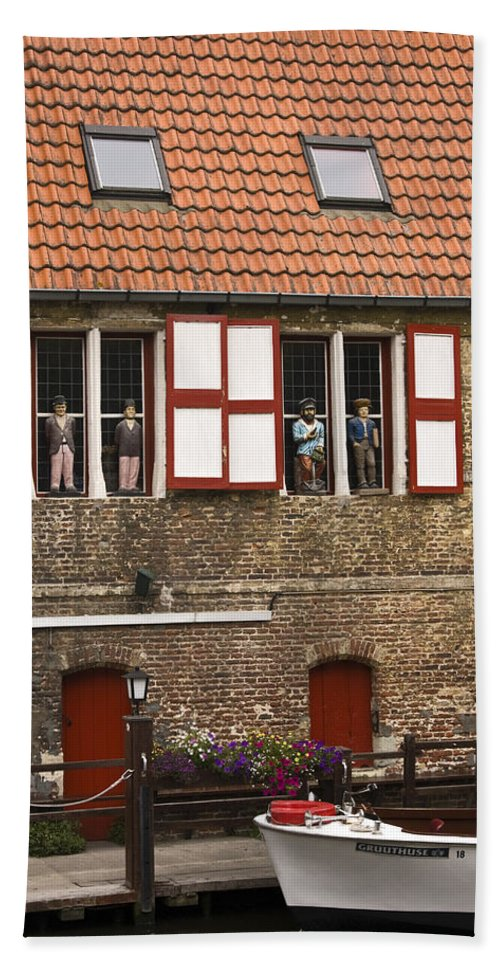 Brick Canal House Beach Towel featuring the photograph Canal Scene by Sally Weigand