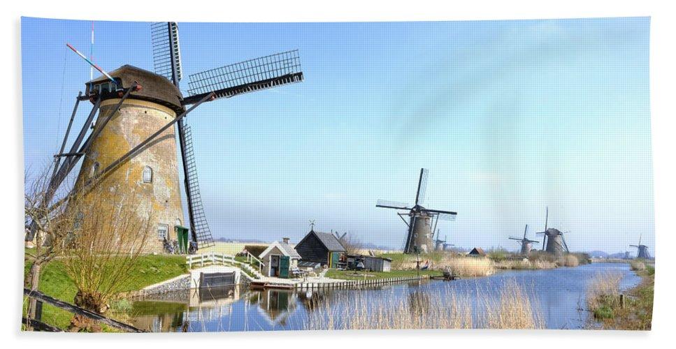 Kinderdijk Beach Towel featuring the photograph Kinderdijk by Joana Kruse