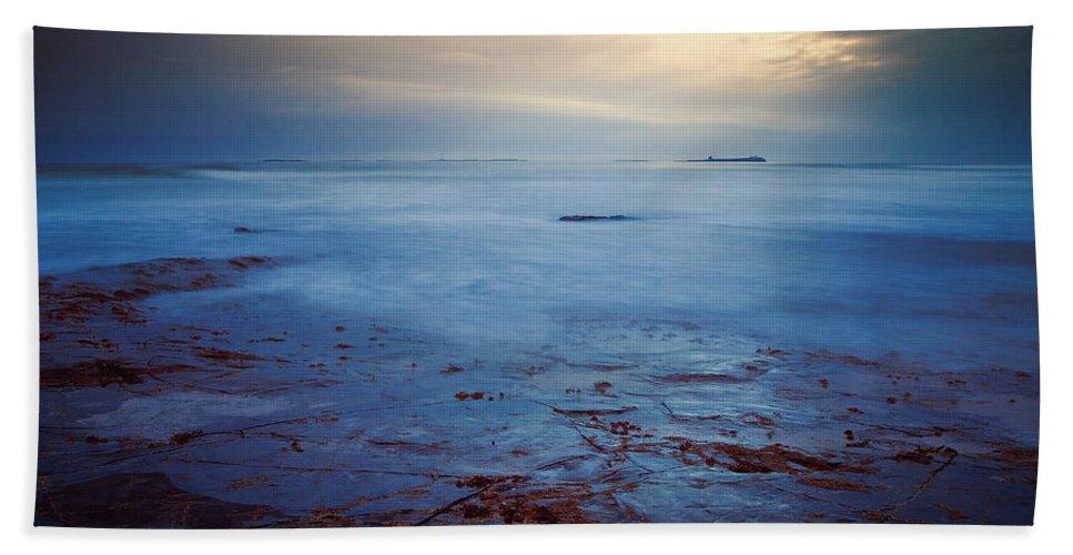 Seascape Beach Towel featuring the photograph Northumberland Coast by David Pringle