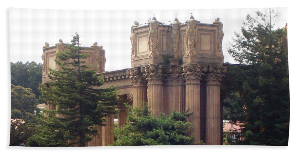 Palace Of Fine Arts Beach Towel featuring the photograph Palace Of Fine Arts 9 by Lovina Wright