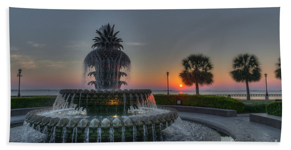 Pineapple Fountain Beach Towel featuring the photograph Pineapple Sunrise by Dale Powell