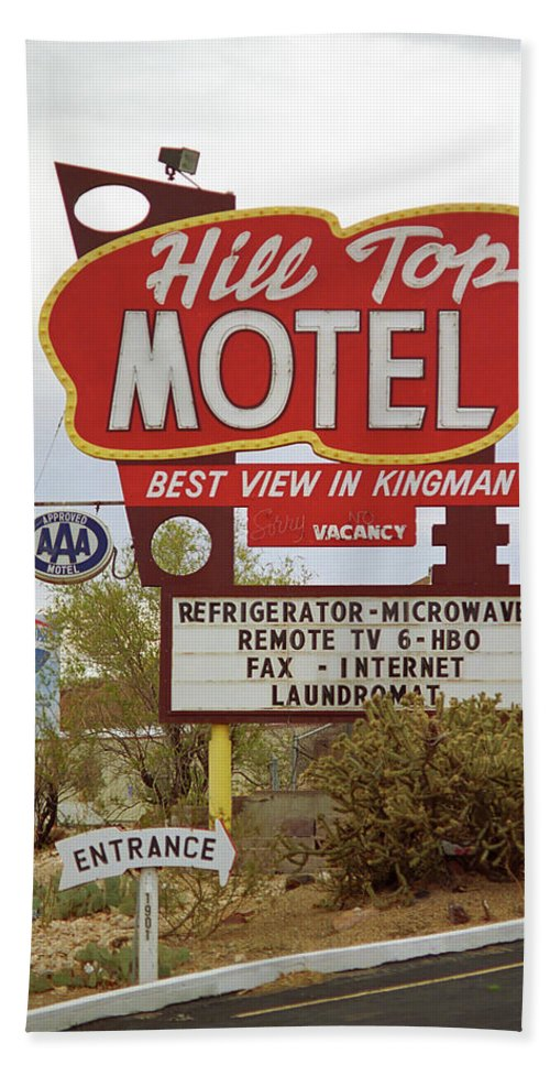 66 Beach Towel featuring the photograph Route 66 - Hill Top Motel by Frank Romeo