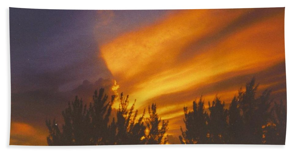 Golden Red4.00 Beach Towel featuring the photograph Sky Scape by Robert Floyd