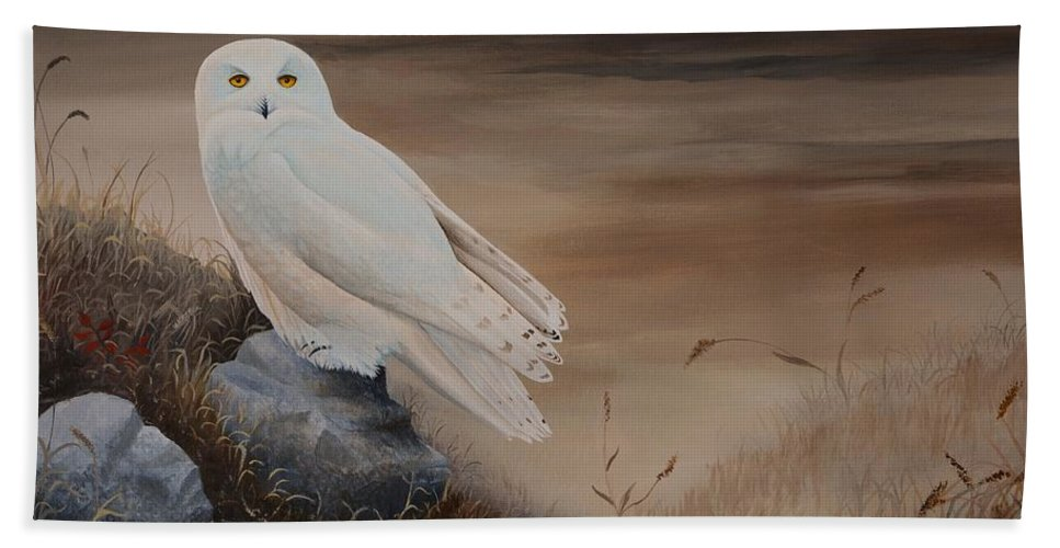Bird Beach Towel featuring the painting Snowy Owl by Charles Owens