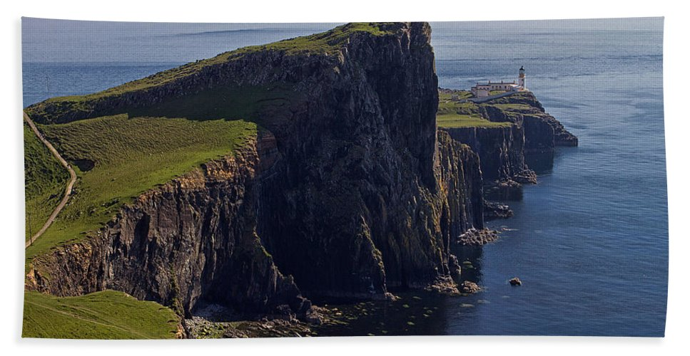 Neist Beach Towel featuring the photograph Neist Point Lighthouse by David Pringle