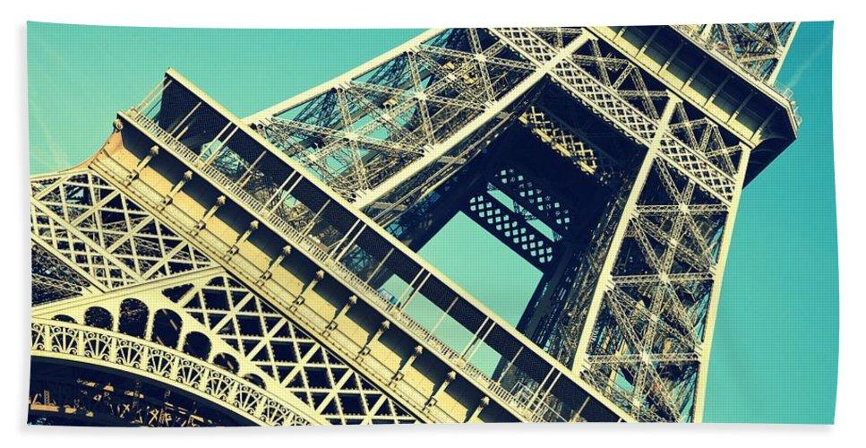 Eiffel Tower Beach Towel featuring the photograph Eiffel Tower by Chevy Fleet
