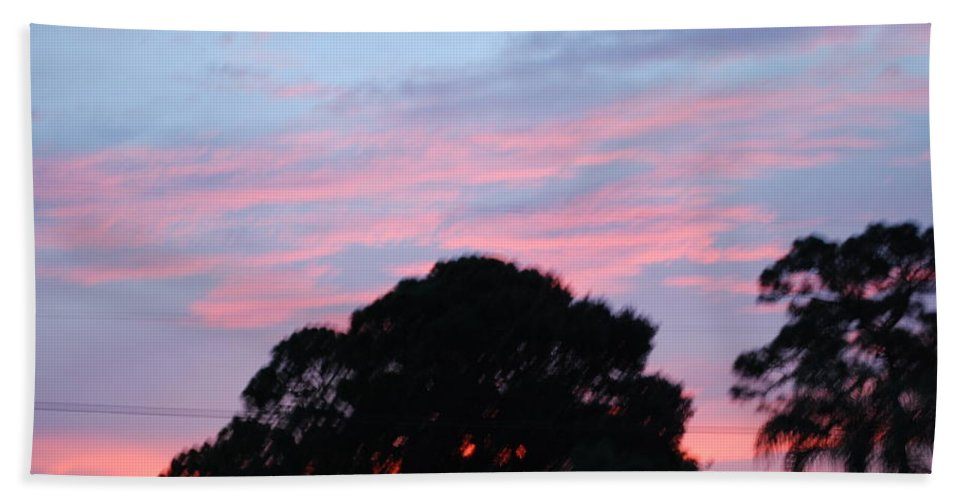 Sun Set4 Beach Towel featuring the photograph Sky Scape by Robert Floyd
