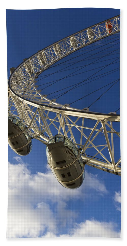 London Eye Beach Towel featuring the photograph The London Eye by David Pyatt